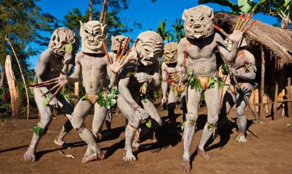Les Mudmen de la vallée Asaro