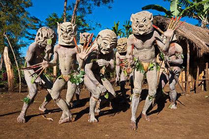 Canal+ : Mudmen de la vallée Asaro